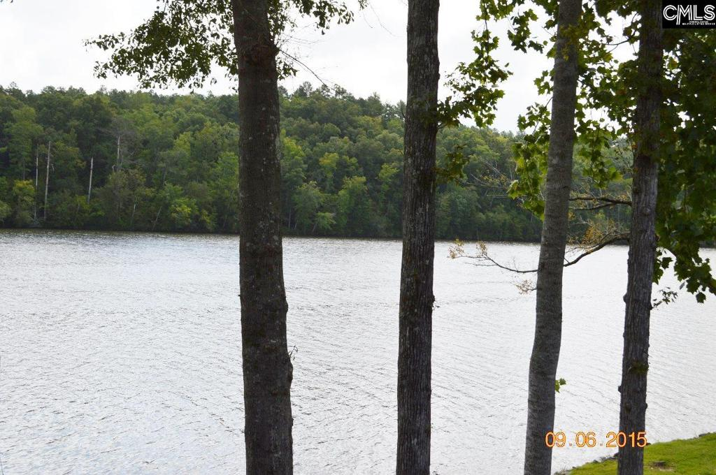 Photo of home for sale at 867 Living Waters Drive, Great Falls SC