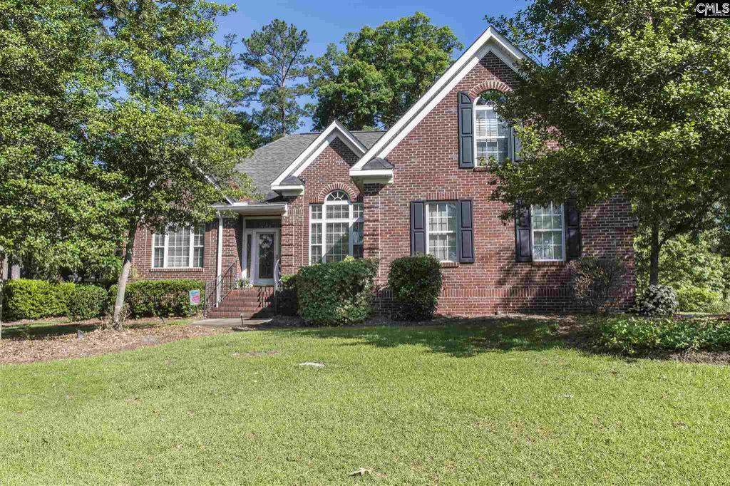 Photo of home for sale at Ramblewood Lane, Chapin SC