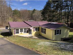 Property for sale at 699 Deer Run Road, Mountain City,  Tennessee 37683