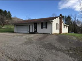 Property for sale at 1163 Crossroads Drive, Mountain City,  Tennessee 37683