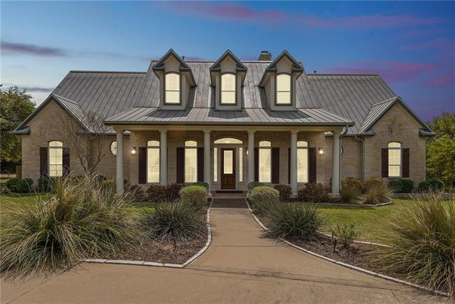 Photo of home for sale at 354 Drifting Wind RUN, Dripping Springs TX