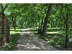Property for sale at 101  County Road 129, Taylor,  Texas 76574