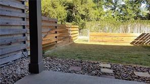 Photo of home for sale at 103 Bulian LN, Austin TX
