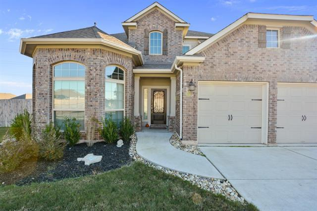Photo of home for sale at 5869 Mantalcino DR, Round Rock TX