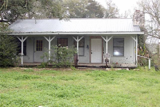 Photo of home for sale at 170 Whitetail LN, Dale TX