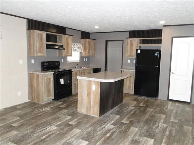 Photo of home for sale at 148 Brianna CIR, Johnson City TX