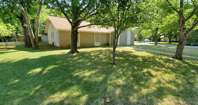Photo of home for sale at 1901 Silver Leaf ST, Georgetown TX