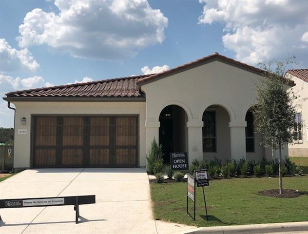 Photo of home for sale at 4402 Flameleaf Sumac Dr, Bee Cave TX