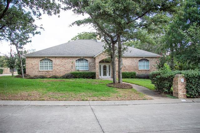 Photo of home for sale at 1904 Skyles RD, Rockdale TX