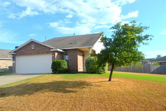 Photo of home for sale at 712 Sweet Leaf LN, Pflugerville TX