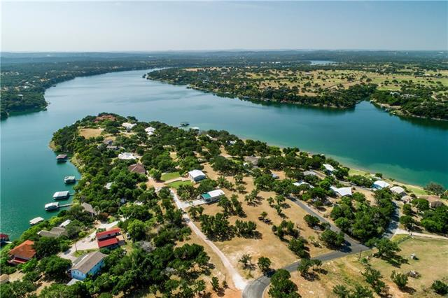 Photo of home for sale at 25618 Singleton RD, Marble Falls TX