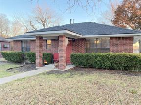 Property for sale at 1117 W 3rd Street, Taylor,  Texas 76574