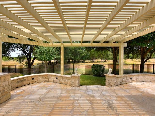 Photo of home for sale at 817 Whispering Wind DR, Georgetown TX