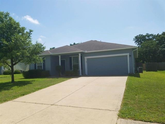 Photo of home for sale at 304 Whitfield ST, Hutto TX