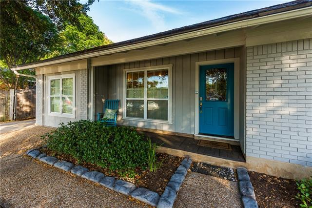 Photo of home for sale at 3811 Byron DR, Austin TX