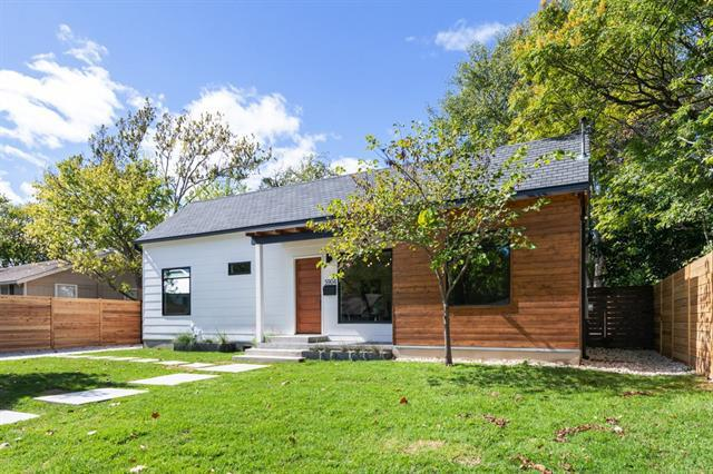 Photo of home for sale at 5904 Laird DR, Austin TX