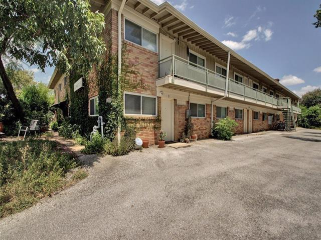 Photo of home for sale at 304 33rd ST E, Austin TX