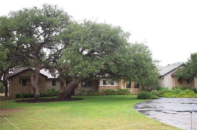 Photo of home for sale at 155 Horse Trail DR, Dripping Springs TX