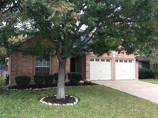 Photo of home for sale at 1808 White Oak LOOP, Round Rock TX