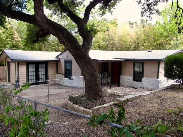 Photo of home for sale at 1100 Johanna ST W, Austin TX