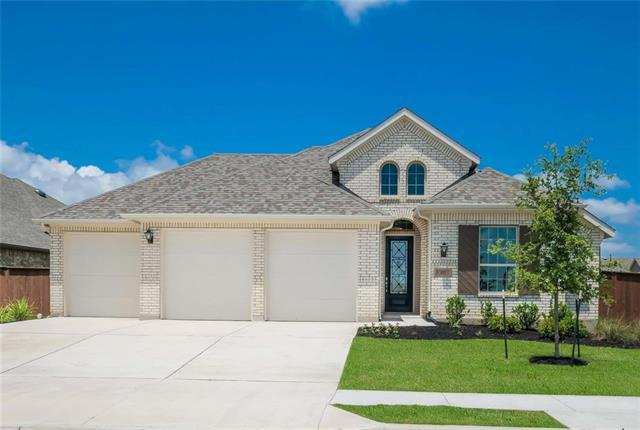Photo of home for sale at 127 Regents Lane, Liberty Hill TX