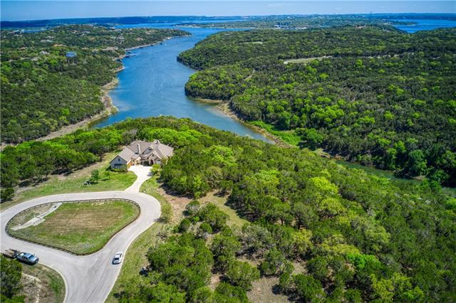Photo of home for sale at 18809 Leisure LN, Lago Vista TX