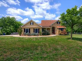 Property for sale at 703  Sloan St, Taylor,  Texas 76574