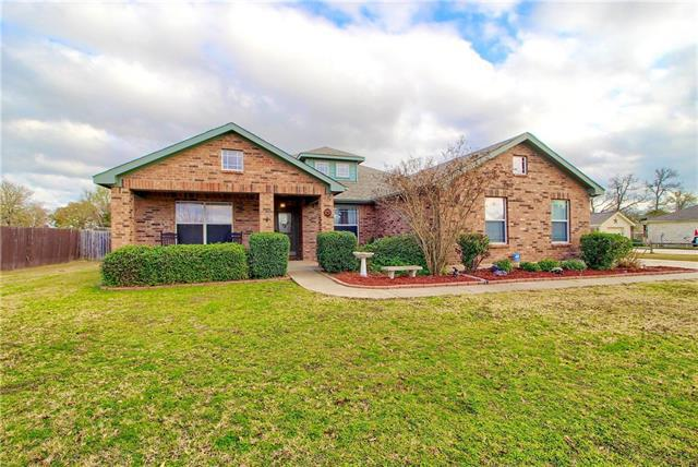 Photo of home for sale at 165 Murchison DR, Cedar Creek TX