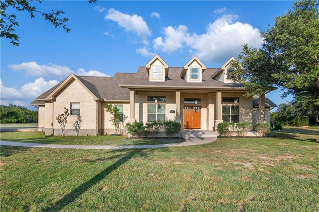 Photo of home for sale at 315 Vista View TRL, Spicewood TX