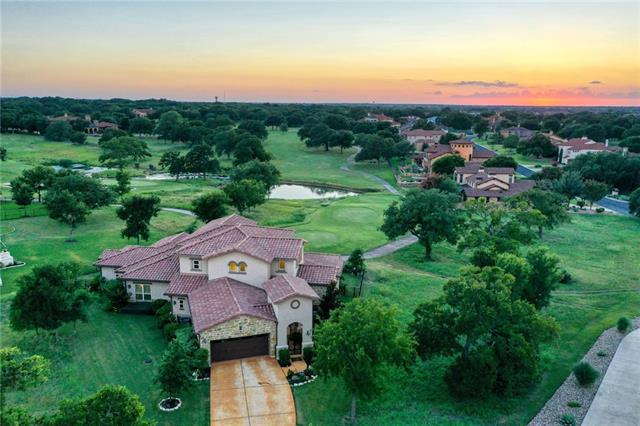 Photo of home for sale at 104 Grand Oaks LN, Georgetown TX