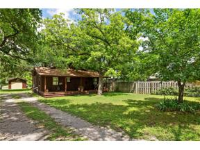 Property for sale at 811  Woodland Hills Dr, Granite Shoals,  Texas 78654