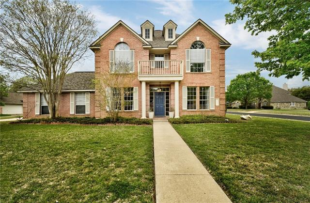 Photo of home for sale at 11710 Silmarillion TRL, Austin TX