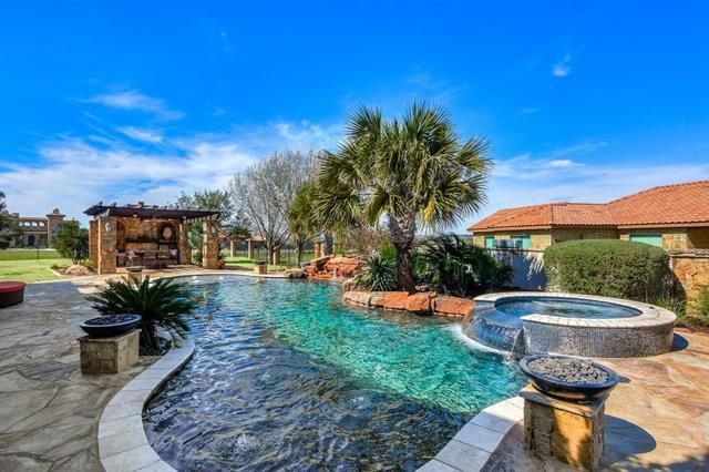 Photo of home for sale at 200 Rosespring, Georgetown TX