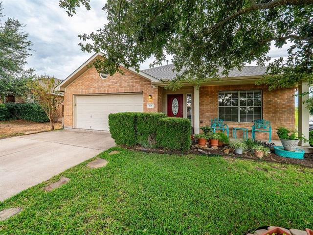 Photo of home for sale at 428 River Crossing TRL, Round Rock TX