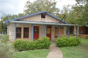 Photo of home for sale at 204 Wimberley SQ, Wimberley TX