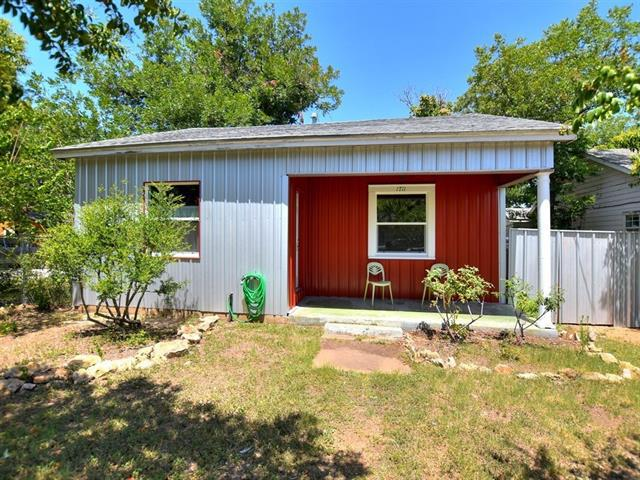 Photo of home for sale at 1711 Chicon ST, Austin TX
