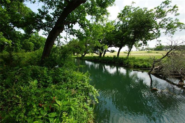 Photo of home for sale at 000 County Road 236, Liberty Hill TX