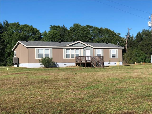 Photo of home for sale at 633 Grassyville RD, Paige TX
