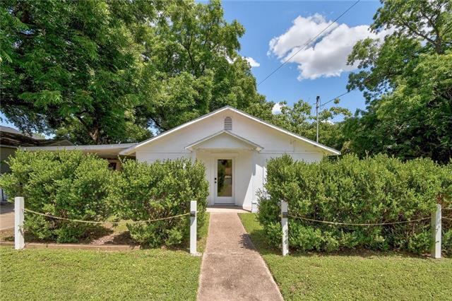Photo of home for sale at 1113 Walton LN, Austin TX