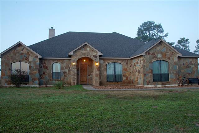Photo of home for sale at 103 Jersey LN, Bastrop TX