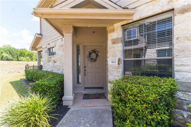 Photo of home for sale at 9201 Brodie LN, Austin TX
