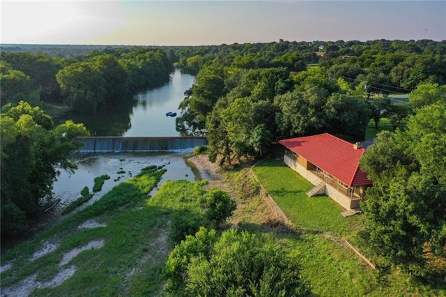 Photo of home for sale at 1308 Brushy Bend DR, Round Rock TX