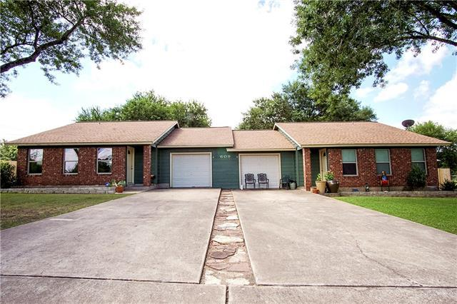 Photo of home for sale at 609 Turley DR, Manchaca TX