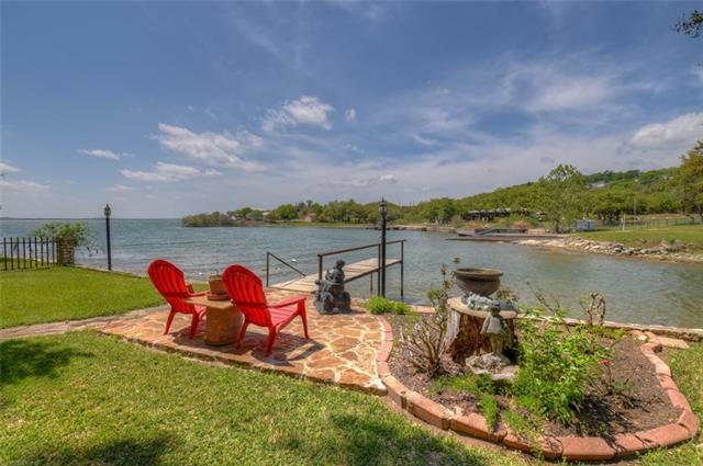 Photo of home for sale at 104 County Road 138b, Burnet TX