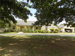 Property for sale at 126  Comanche Trl, Georgetown,  Texas 78633