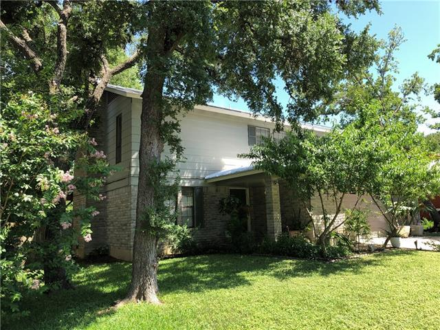 Photo of home for sale at 8425 Seminary Ridge DR, Austin TX