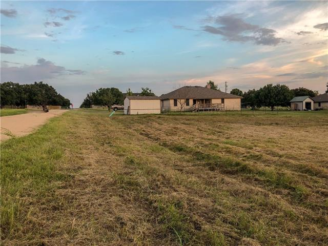 Photo of home for sale at 407 Avenue A E, Jarrell TX