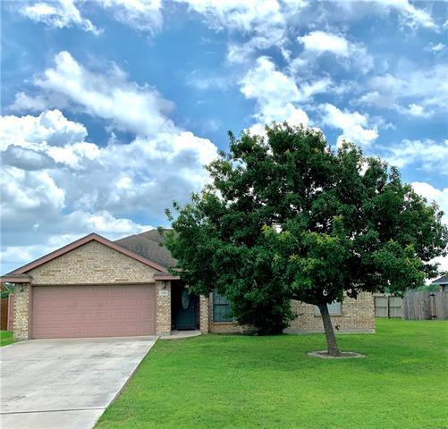 Photo of home for sale at 1000 Guadalupe ST S, Lockhart TX