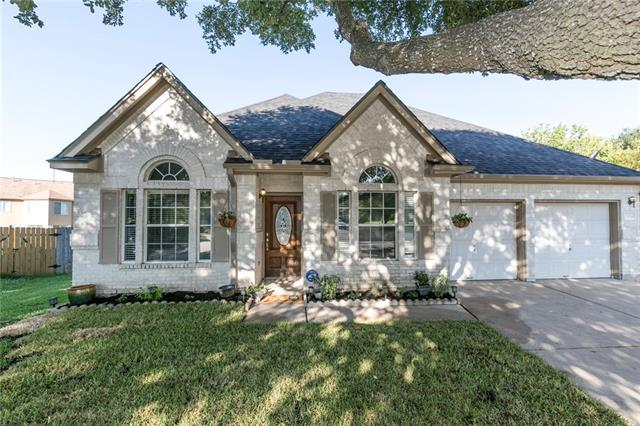 Photo of home for sale at 2304 Miramar CV, Round Rock TX