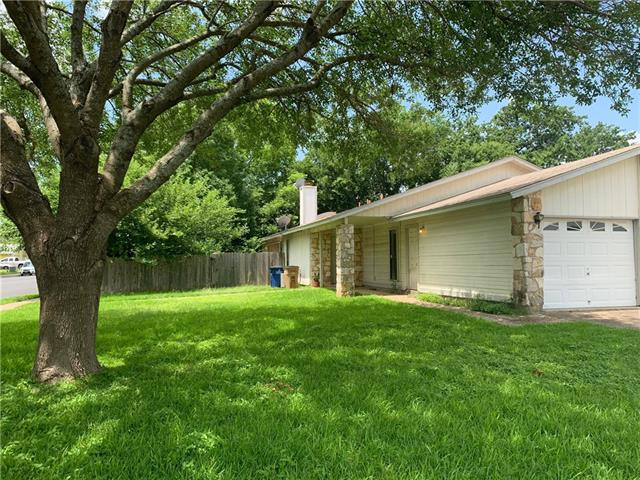 Photo of home for sale at 8701 Piney Point DR, Austin TX